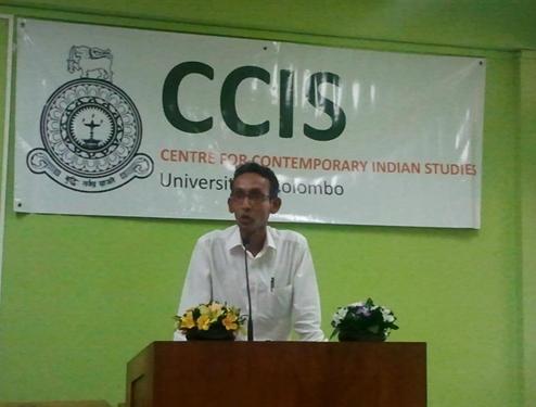 Dr Sandagomi Coperahewa, Director, CCIS, University of Colombo welcoming Ms Namita Gokhale