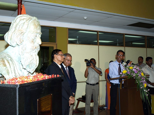 Unveiling of the bust of Rabindranath Tagore 3